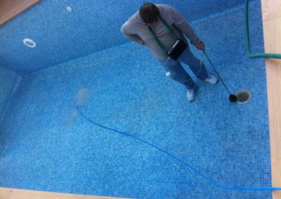 Localización de fugas en piscinas